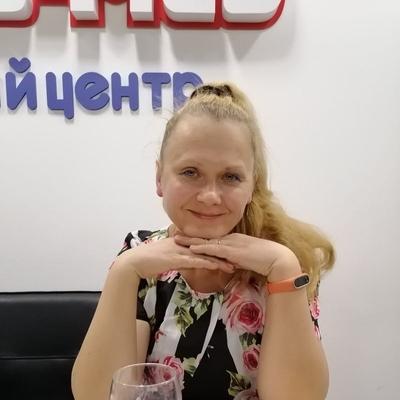 Петухова Лариса